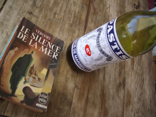 A good book and a pastis. Recipe for bliss.
